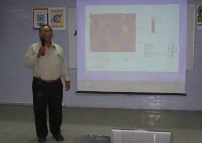 """Aristeo Segura, """"Visualización y caracterización de moléculas de colesterol en substratos sólidos con microscopía de Fuerza Atómica (AFM) y microscopía electrónica de barrido de efecto túnel (STM)"""" Jornadas de Química para la actualización Docente, STAUO"""